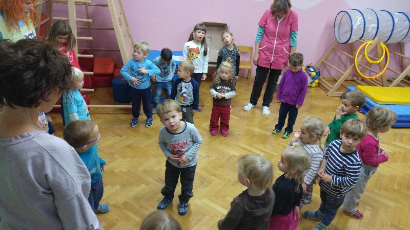 ples-s-glasbeniki-1